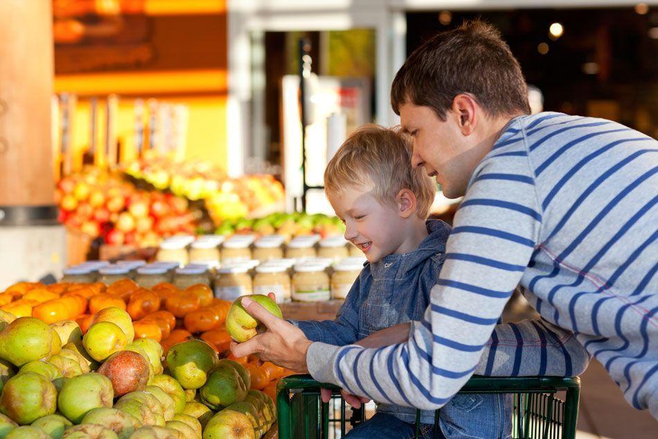 Siete formas de inculcar hábitos saludables a nuestros hijos