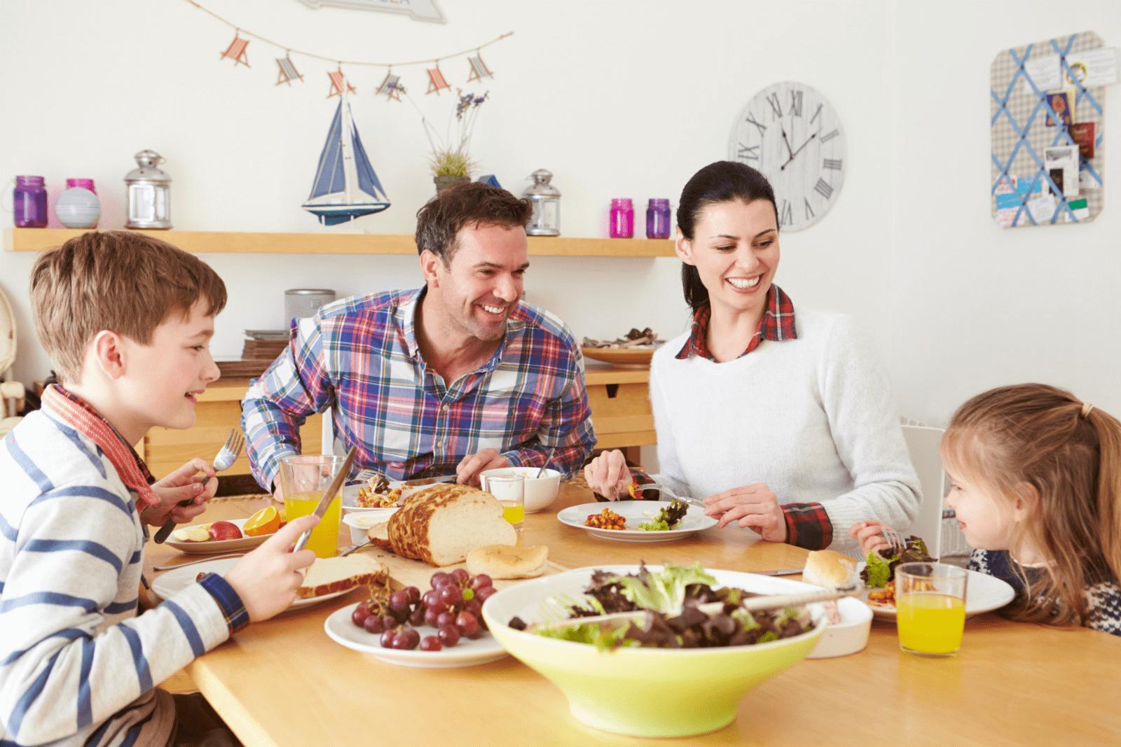 La importància de menjar en família
