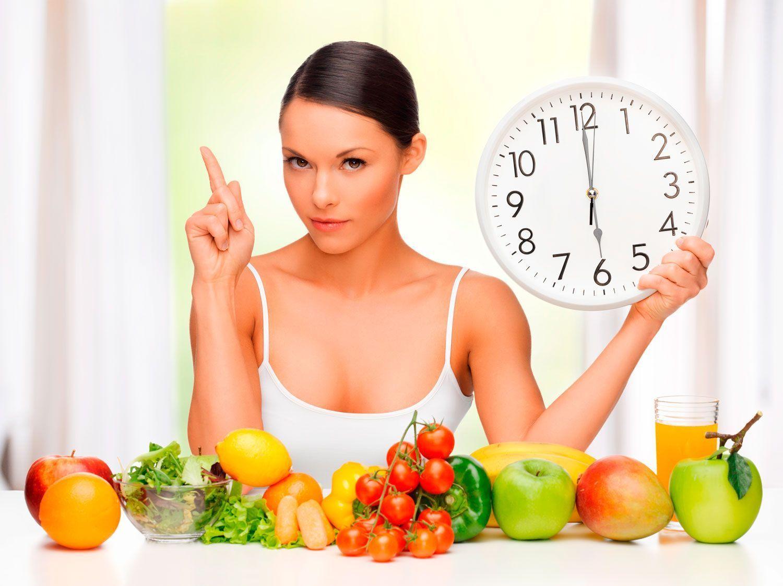 Consells per controlar la fam i no picar entre hores
