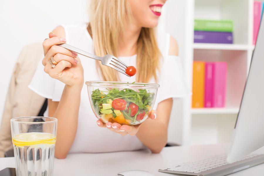 Cuida tu alimentación, también en el trabajo